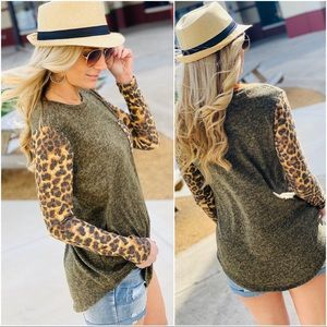 OLIVE HACCI TOP W/ANIMAL PRINT SLEEVES-OLIVE
